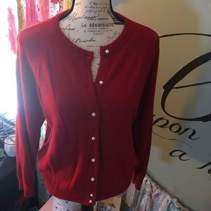 Vintage red cardigan w/ faux pearl button closure